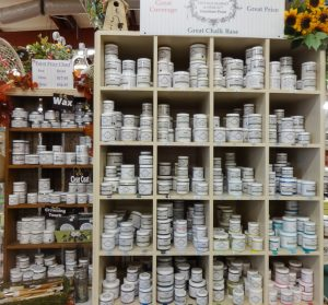 Vintage Market & Design Furniture Paint and paintbrushes for restoration, Dealer W-13, K/L 1