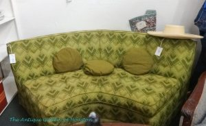 Green vintage rounded sofa wedge