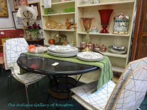 Four pressed wood chairs with round table, Booth V3