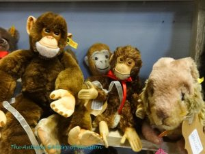 Steiff stuffed animals....monkeys, dog, teddy bears, Booth U3