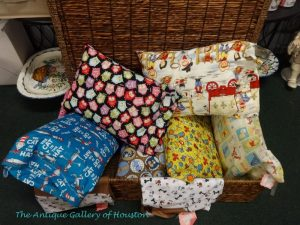 Small pillows for children with kid-themed pillowcases, Booth U3